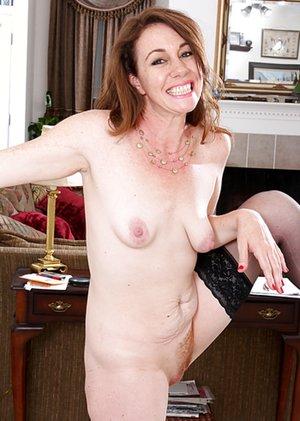 Natural Tits Porn Pics